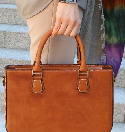 Sac à main cuir pour femme, l'accessoire de mode intemporel