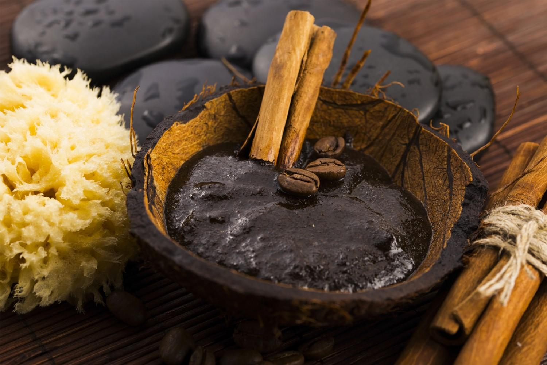 Le savon noir, un cosmétique 100% naturel enrichit aux huiles !