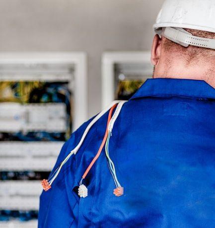 Tout savoir sur la mise aux normes du tableau électrique
