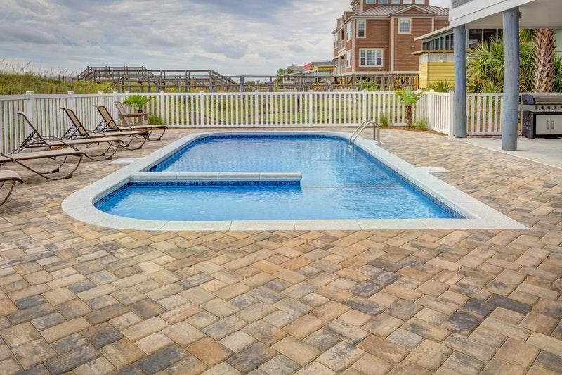Connaitre les différents abris de piscine