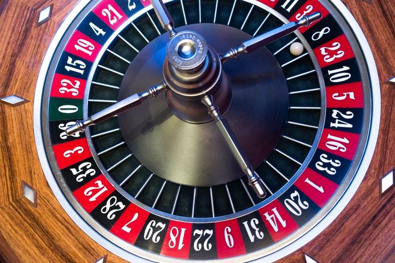 A quoi prêter attention avant de jouer pour de l'argent dans le casino en ligne ?
