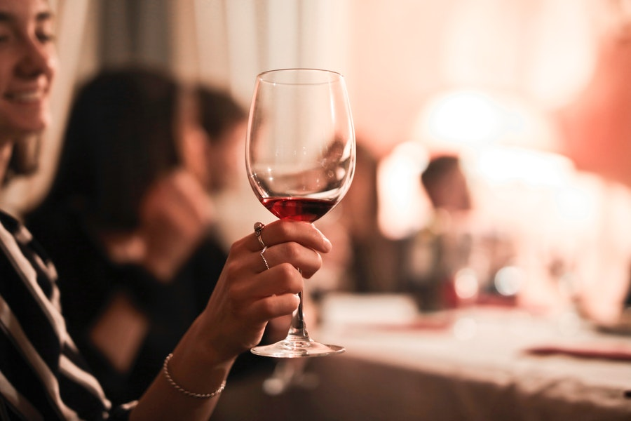 Syrah - Shiraz : Tout savoir sur ce cépage, ses vins et ses caractéristiques