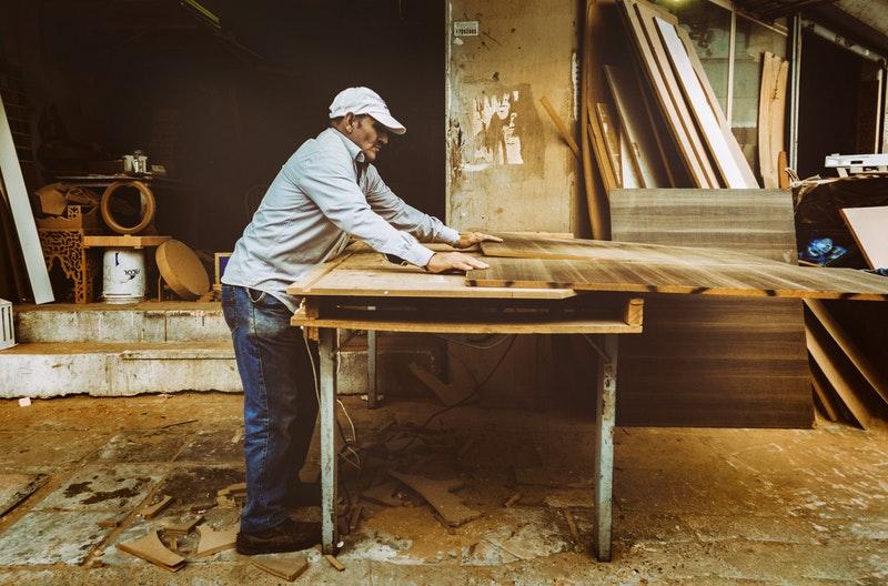 Décaper naturellement vos anciens meubles: c'est possible! Nos astuces