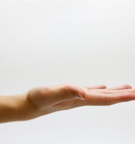 Découvrez ces astuces simples pour enlever la glu sur votre peau