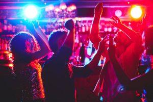 Ouvrir une discothèque : les étapes à suivre