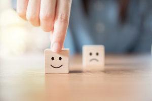Avis clients : faut-il leur faire confiance ?
