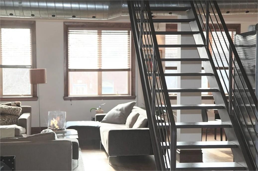 Pose d'escalier à domicile