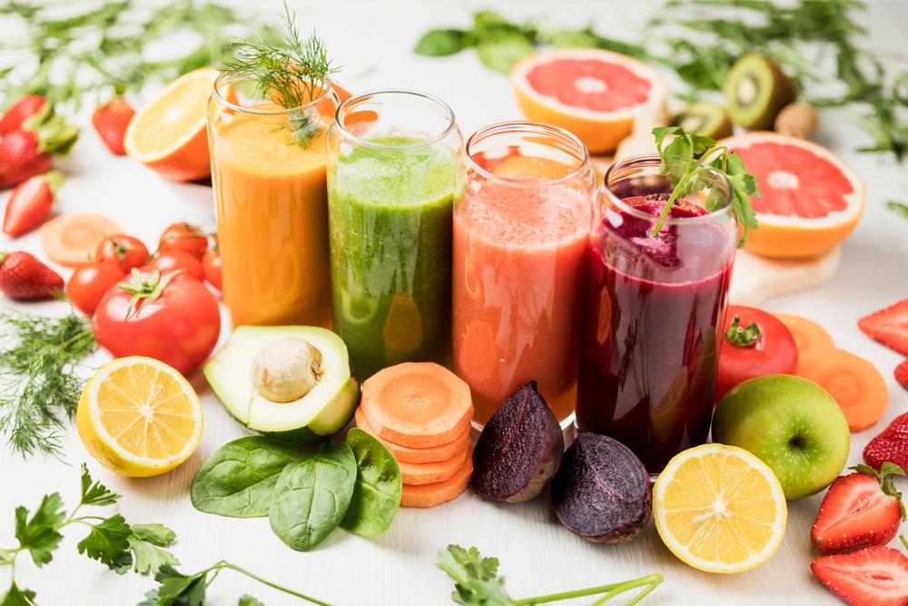 Jus de fruits et légumes à l'extracteur de jus
