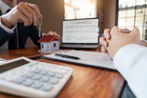 Étudiant : faut-il assurer son logement ?